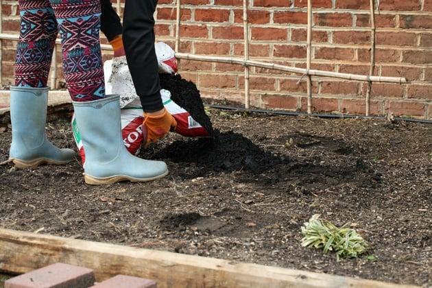 Easy-Garden-Preparation-04