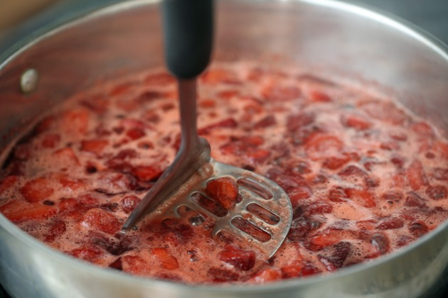 This sugar-free strawberry jam was very easy to make. Around 35 minutes from beginning to end. No pectin, and I added some chia seeds for added nutrition. #LadyLee'sHome