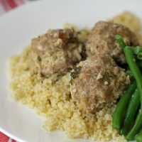 Turkey Meatballs in Cilantro-Lemon Sacuse