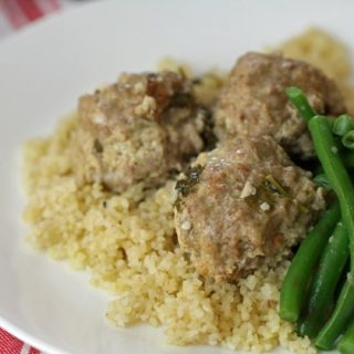 Turkey Meatballs in Cilantro-Lemon Sacuse