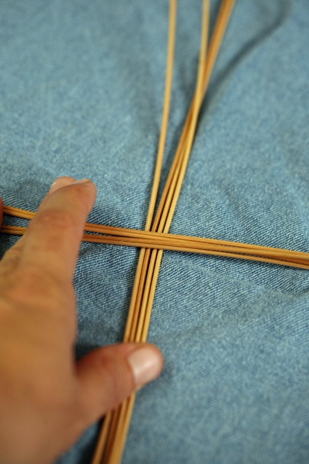 How To Weave A Simple Basket : How to weave a simple basket lady lee s home