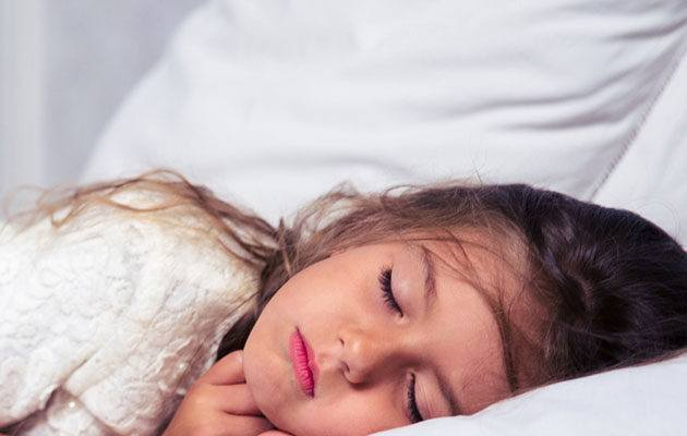 6 Essential Oils to Help Sleep Better Naturally