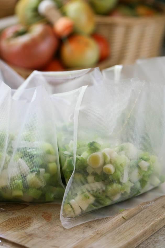 Leeks in freezer bags