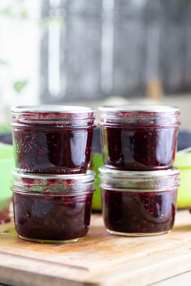 Storing mixed berry jam
